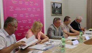 Податківці провели навчальний семінар-нараду з представниками громад Харківщини